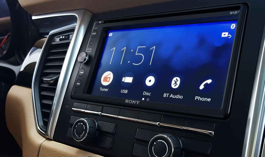 sony equipaggia il sony xav ax205db con android auto e. Black Bedroom Furniture Sets. Home Design Ideas
